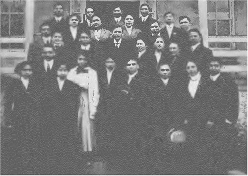Returning Graduates of Carlisle School