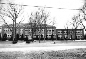 Bayport High School in 1945
