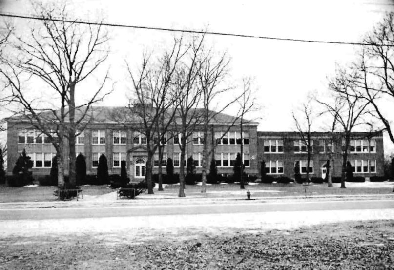 Bayport High School in 1945