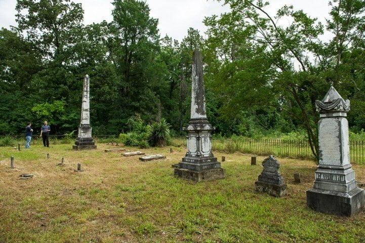 Garland Family Cemetery, Tom, McCurtain County, Oklahoma