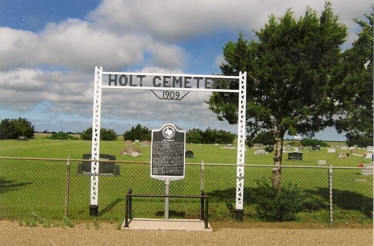 Holt Cemetery, Hutchison County, Texas